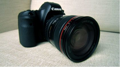 The Canon EOS-6D with 24-205mm EF lens