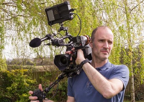 Build a Shoulder Rig for the Canon C100 Mark II: C100ii on shoulder